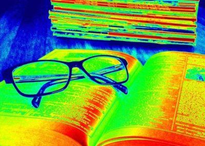 Lunettes livres couleurs
